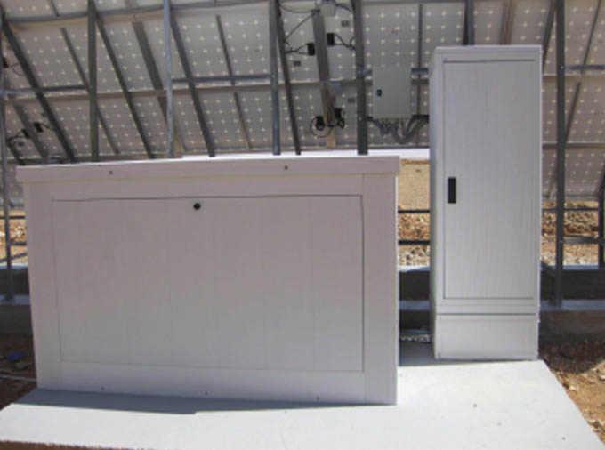 Coffret a batteries utilise sur un site Telecom solaire en Afrique