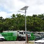 Lampadaire solaire installé en Guyane Française
