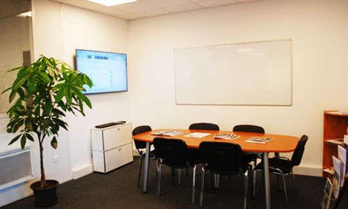 Salle de formation au solaire photovoltaique chez Energiedouce